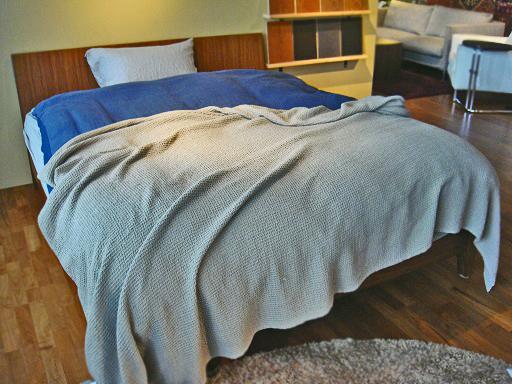 ベッド全体3